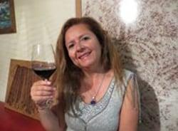 rosapatricia-santiago-tour-guide