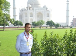 irshad-agra-tour-guide
