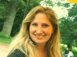 nadia-barcelona-tour-guide