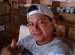 carlos-iquitos-tour-guide