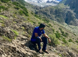 hussain-gilgit-tour-guide