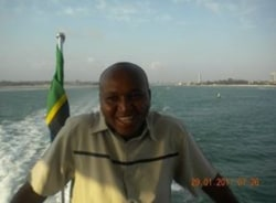 hamad-arusha-tour-guide