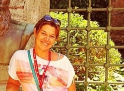 ozlem-istanbul-tour-guide