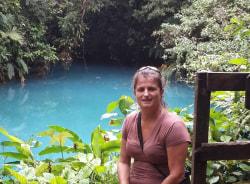 veronique-sanjose-tour-guide
