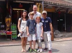 nguyen-hoian-tour-guide