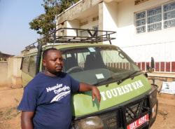 ronald-kampala-tour-guide