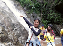 aye-yangon-tour-guide
