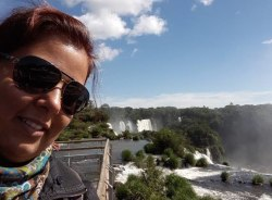 lilianregina-fozdoiguacu-tour-guide