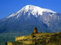 lusine-yerevan-tour-guide