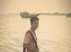 ye-yangon-tour-guide