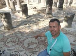 enea-tirana-tour-guide