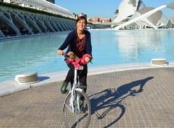 suzie-valencia-tour-guide