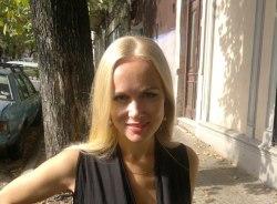 evgenia-montevideo-tour-guide