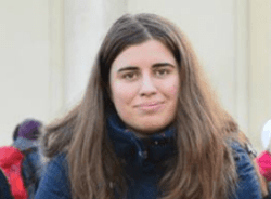 adriana-bucharest-tour-guide