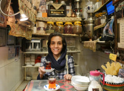 saghi-yazd-tour-guide