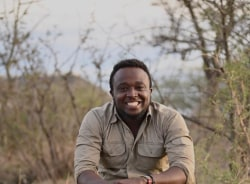 timothy-arusha-tour-guide