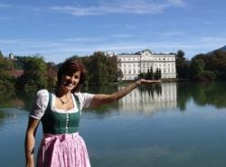 michaela-salzburg-tour-guide