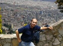 gustavo-bogota-tour-guide
