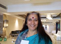 mina-delhi-tour-guide