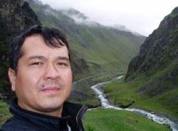 ablajan-urumqi-tour-guide