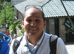 juanalfredo-lima-tour-guide