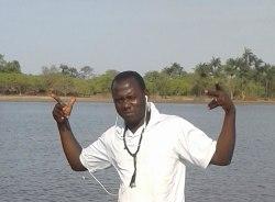 boubacar-ziguinchor-tour-guide