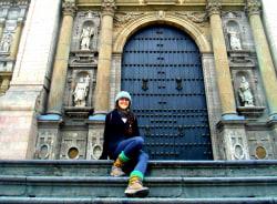 mariana-lima-tour-guide