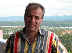 robert-yerevan-tour-guide