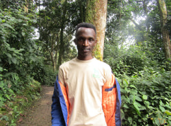 patrick-kigali-tour-guide