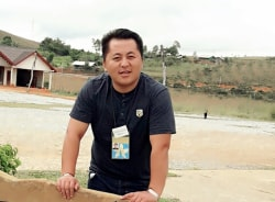 ken-vientiane-tour-guide