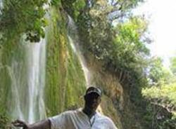 yves-sanpedrodemacoris-tour-guide