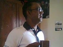 dhan-portlouis-tour-guide