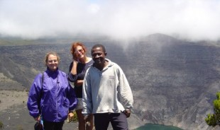 hassani-moroni-tour-guide