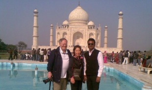 shanoo-agra-tour-guide