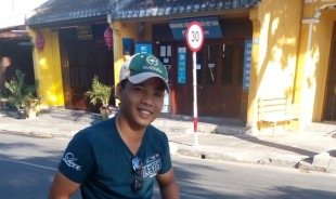 lee-hochiminh-tour-guide