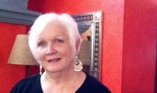 marilyn-carmichael-tour-guide