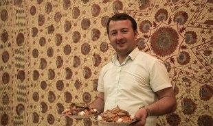 oybek-samarkand-tour-guide