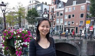 mari-amsterdam-tour-guide