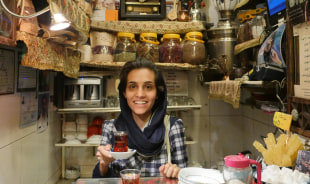 saghi-yazd-tour-guide