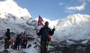 mani-kathmandu-tour-guide