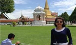 heng-phnompenh-tour-guide