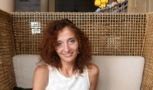 elena-portlouis-tour-guide