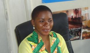 nancy-nairobi-tour-guide