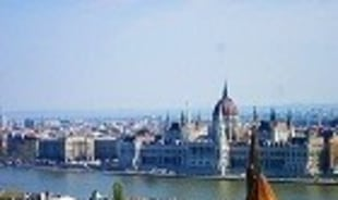 kinga-budapest-tour-guide