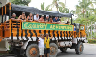 kenneth-santodomingo-tour-guide