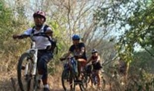roldan-bahiasdehuatulco-tour-guide