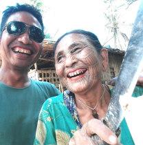zawzaw-mandalay-tour-guide