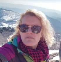 mimozagega-tirana-tour-guide