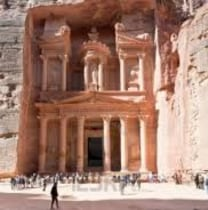 bassilalfarajat-petra-tour-guide