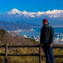 sanimaidin-tokyo-tour-guide